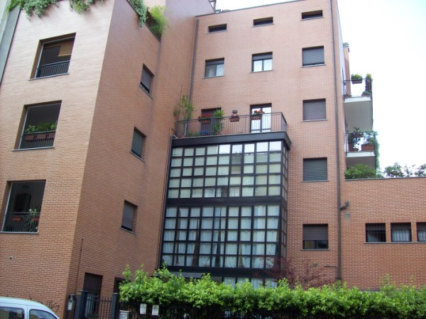 Via Sansovino - Milano