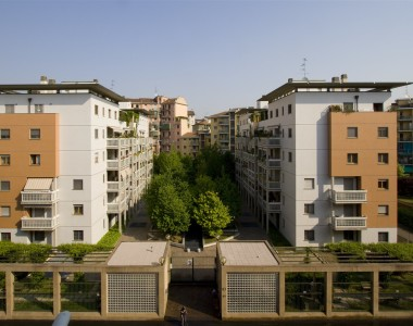 1997 – Milano, Via Corti  13/15