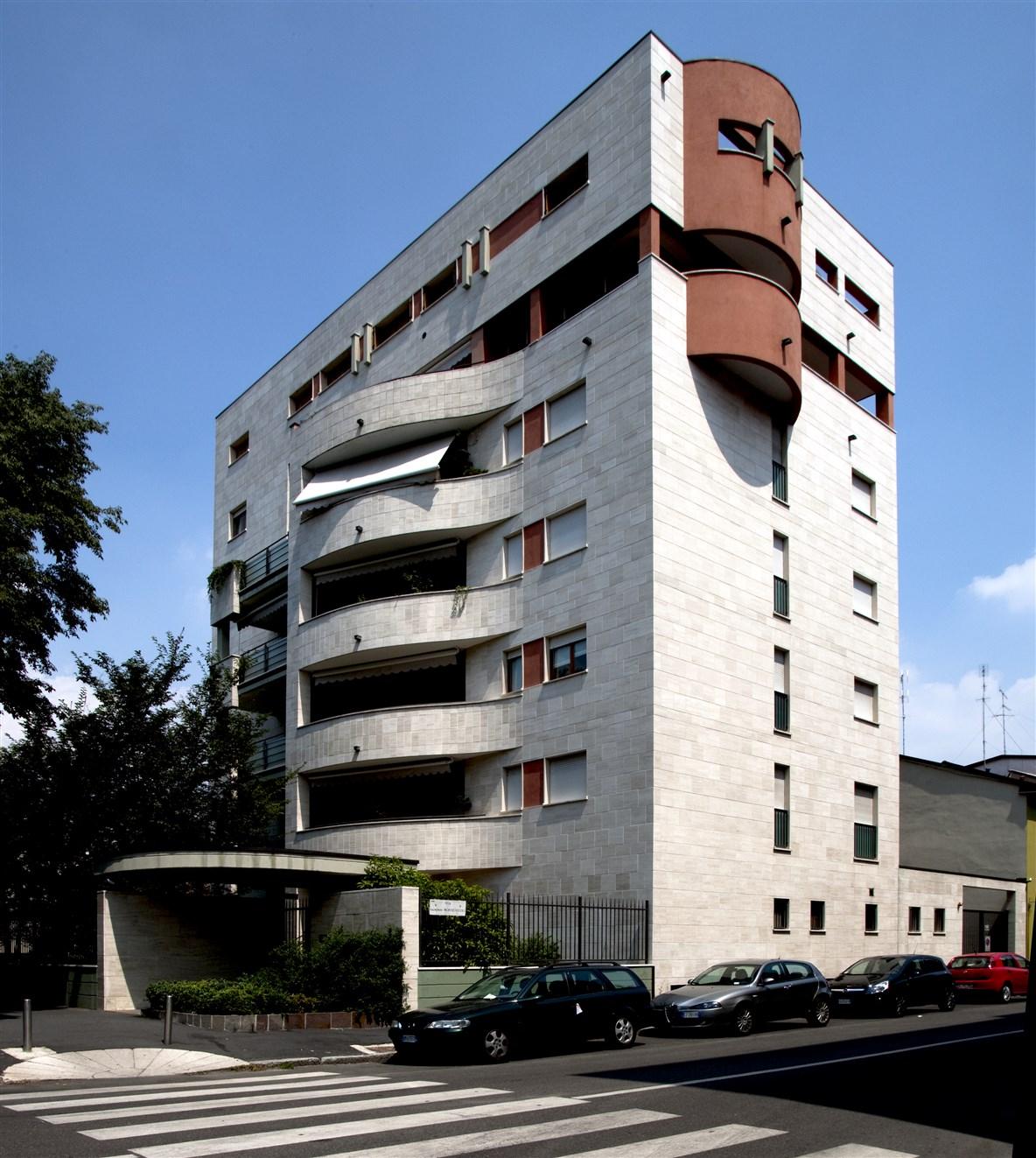 2000 - Via Primaticcio 164