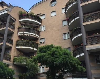 2001 – Milano, Via Ampere 100